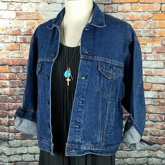 6246d6dd24436 Levi s Jackets   Blazers - Vintage Levi s Oversized Denim Jacket Dark Wash